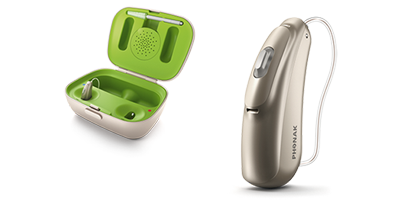 phonak-Audeo-Br70-in-Charger-lr